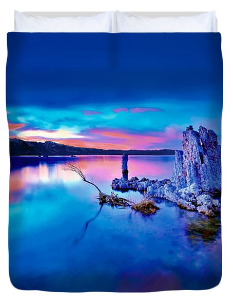 Mono Lake Sunset Duvet Cover