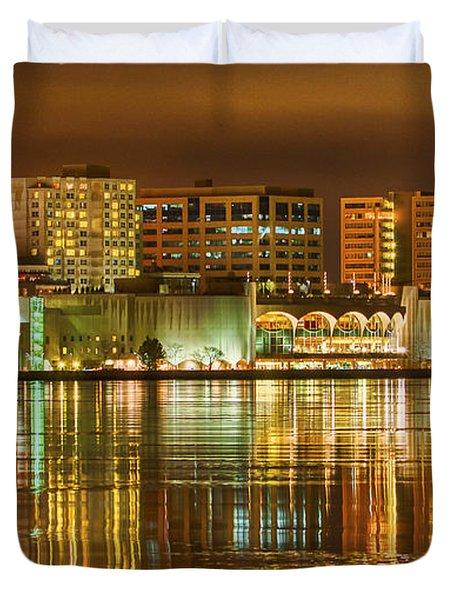 Monona Terrace Madison Wisconsin Duvet Cover