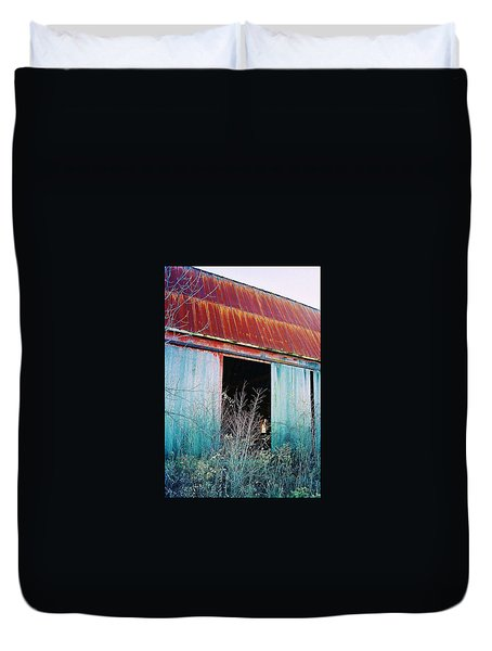 Duvet Cover featuring the photograph Monroe Co. Michigan Barn by Daniel Thompson