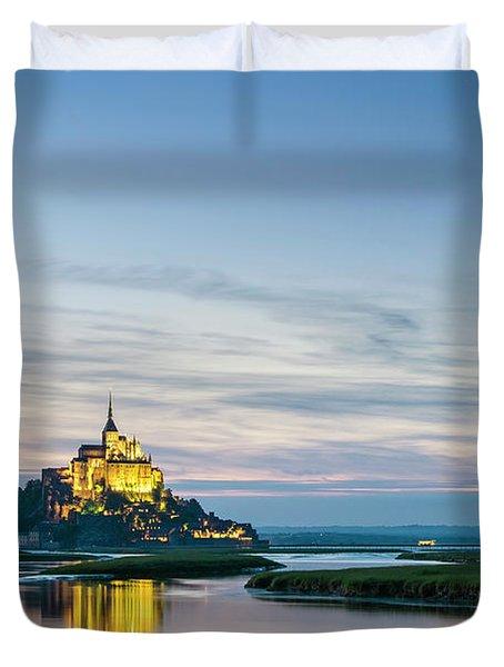 Mont-saint-michel Abbey At Sunset Duvet Cover