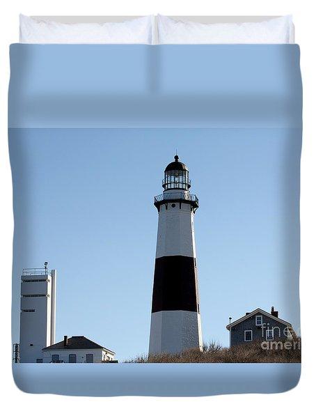 Montauk Lighthouse As Seen From The Beach Duvet Cover by John Telfer