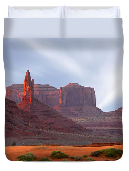 Monument Valley At Sunset Panoramic Duvet Cover
