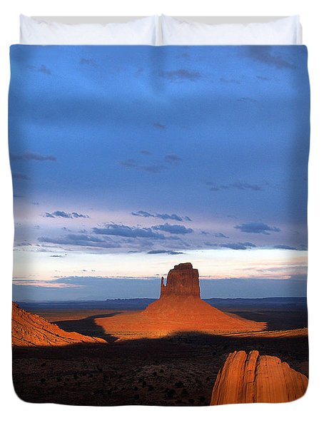 Duvet Cover featuring the photograph Monument Valley @ Sunset 2 by Jeff Brunton