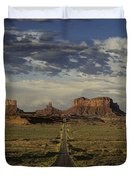Monument Valley Panorama Duvet Cover by Steve Gadomski