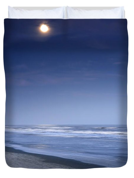 Moon Rising Over Hilton Head Duvet Cover by Phill Doherty