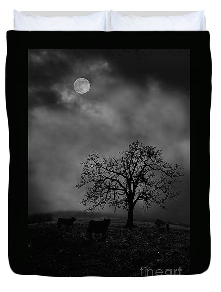 Moonlite Tree On The Farm Duvet Cover by Dan Friend