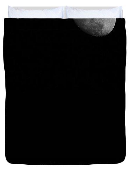 Moonrise Over Airstream Duvet Cover