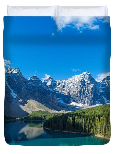 Moraine Lake At Banff National Park Duvet Cover