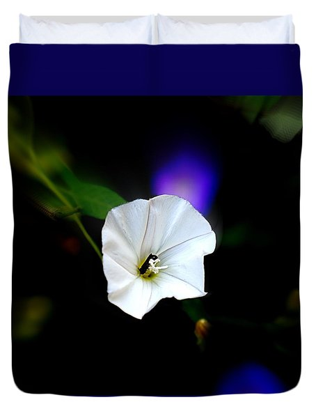 Duvet Cover featuring the photograph Morning Glory With Friend by Nick Kloepping