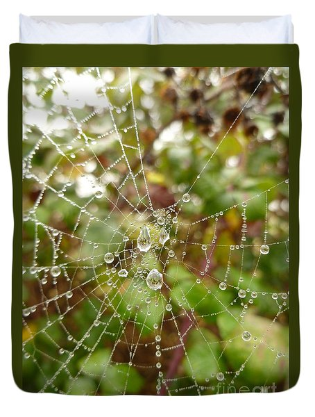 Duvet Cover featuring the photograph Morning Dew by Vicki Spindler