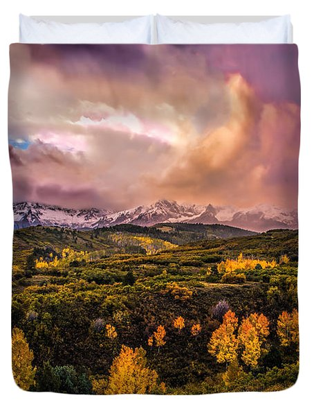 Duvet Cover featuring the photograph Morning Glory by Ken Smith