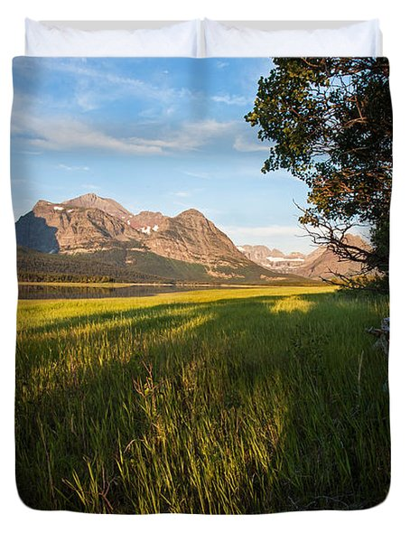 Duvet Cover featuring the photograph Morning In The Mountains by Jack Bell