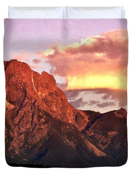 Morning Light On The Tetons Duvet Cover by Marty Koch