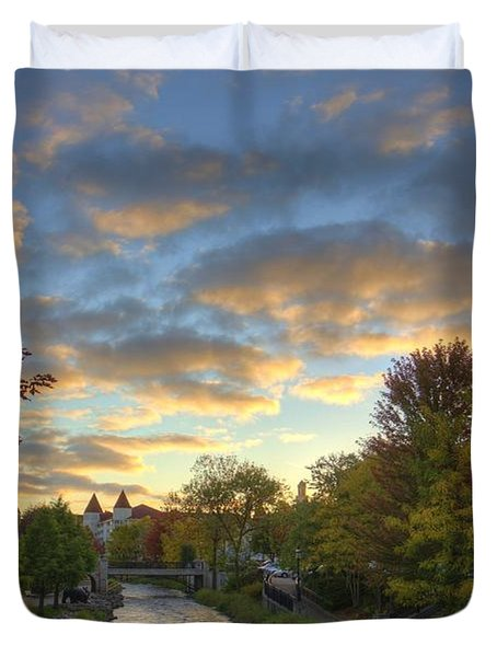 Morning Sky On The Fox River Duvet Cover