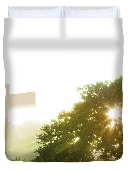 Morning Spirit Duvet Cover by Les Cunliffe
