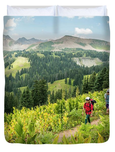 Mother And Daughter Hiking On Colorado Duvet Cover