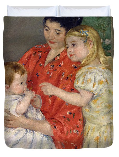 Mother And Sara Admiring The Baby Duvet Cover by Marry Cassatt