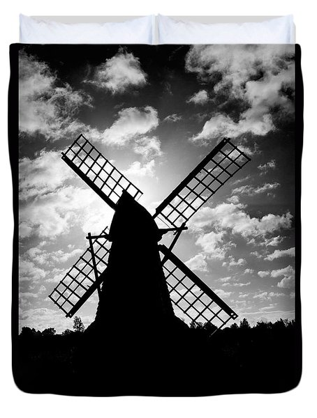 Moulin Noir- Monochrome Duvet Cover