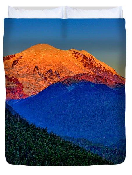Mount Rainier Alpenglow Duvet Cover