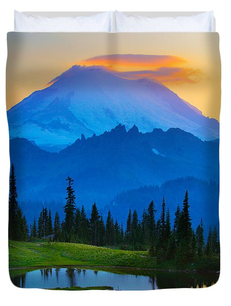 Mount Rainier Goodnight Duvet Cover