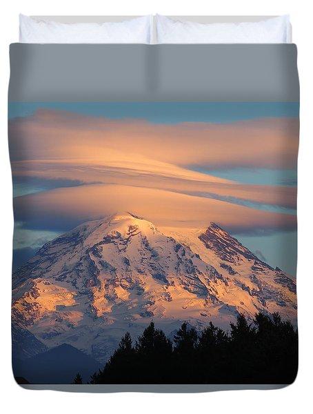 Mount Rainier In November  Duvet Cover