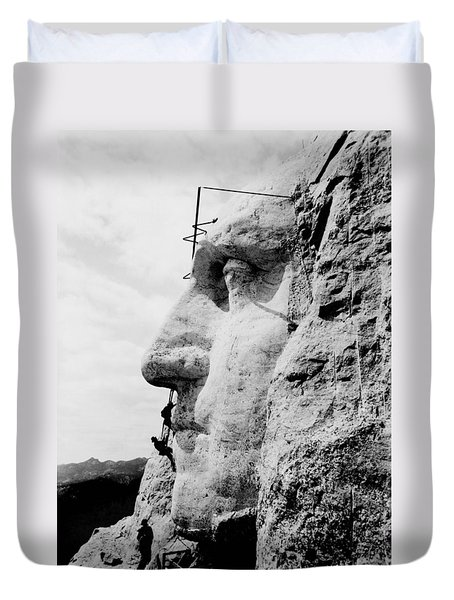 Mount Rushmore Construction Photo Duvet Cover