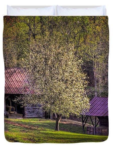 Mountain Barns In North Carolina Duvet Cover by Debra and Dave Vanderlaan