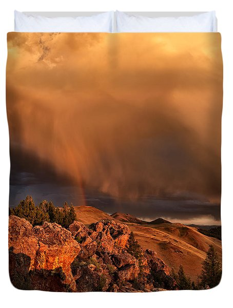 Mountain Drama Duvet Cover by Leland D Howard