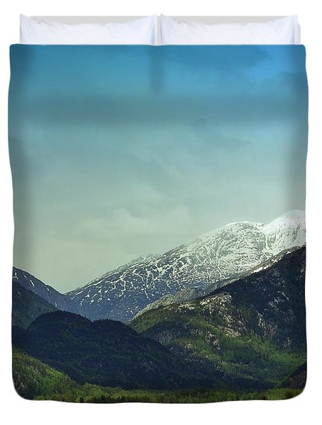 Mountains Beyond Skagway Duvet Cover