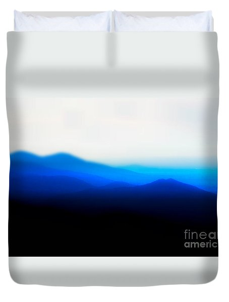 Mountains In The Mist Duvet Cover