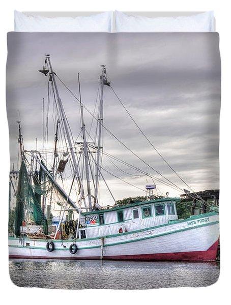 Mrs Pudgy Shrimp Docks Duvet Cover