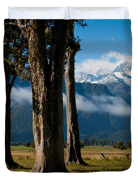 Mt Cook Through Trees Duvet Cover