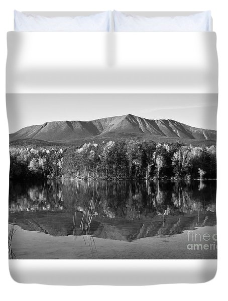 Mt Katahdin Black And White Duvet Cover