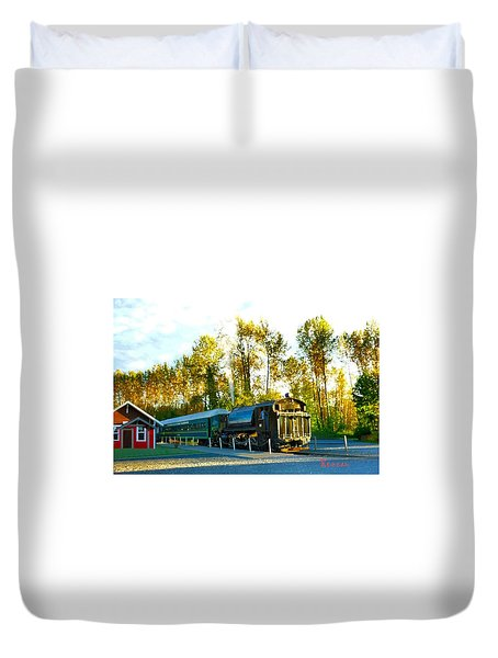 Mt Rainier W A Scenic Railroad Duvet Cover by Sadie Reneau