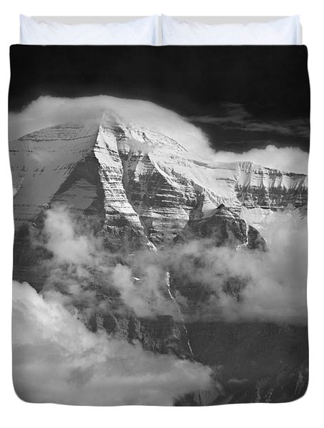 102496-mt. Robson Wreathed In Clouds Duvet Cover