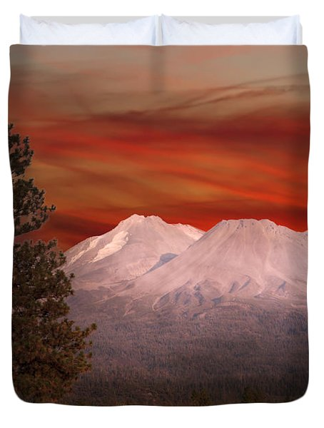 Mt Shasta Fire In The Sky Duvet Cover