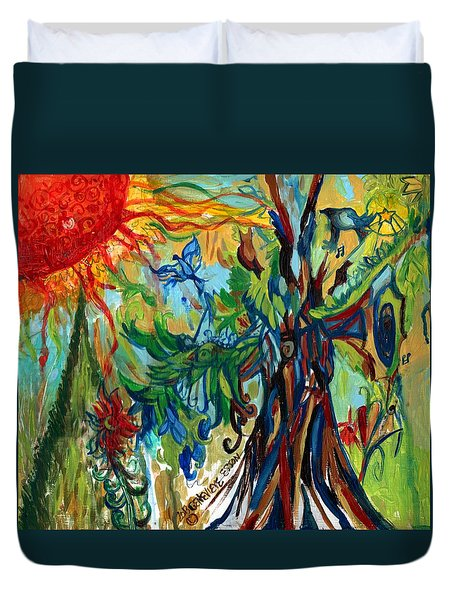 Music In Bird Of Tree Duvet Cover by Genevieve Esson