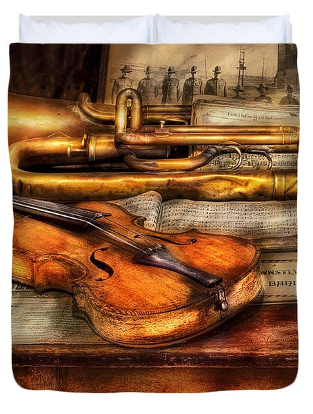 Musician - Horn - Two Horns And A Violin Duvet Cover by Mike Savad