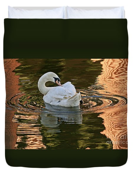 Duvet Cover featuring the photograph Preening by Kate Brown