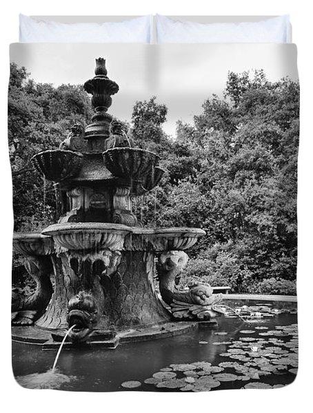 Mystery Fountain - Huntington Library And Botanical Gardens. Duvet Cover