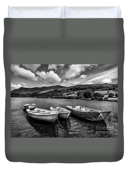Duvet Cover featuring the photograph Nantlle Uchaf Boats by Adrian Evans