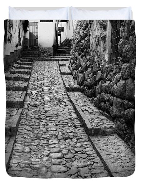 Narrow Street In Cusco Duvet Cover
