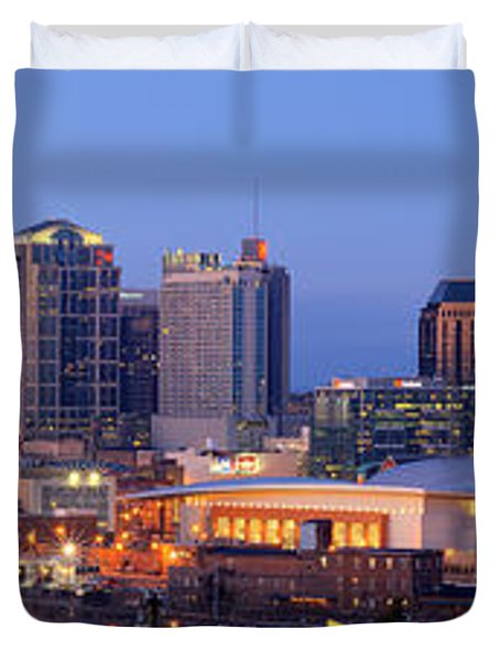 Nashville Skyline At Dusk Panorama Color Duvet Cover by Jon Holiday