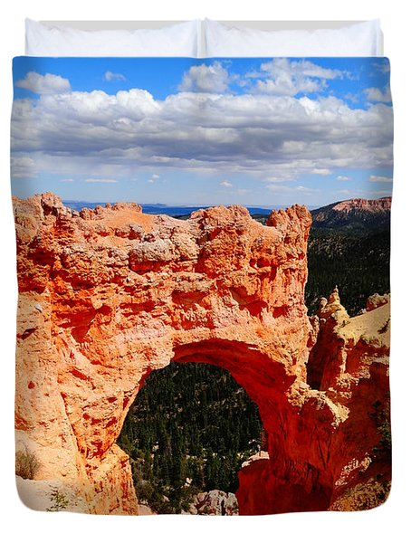 Natural Bridge In Bryce Canyon National Park Duvet Cover by Dan Sproul