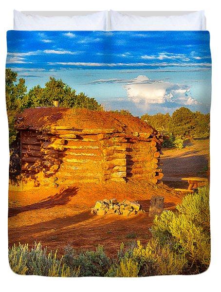 Navajo Hogan Canyon Dechelly Nps Duvet Cover by Bob and Nadine Johnston