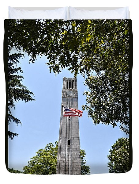Nc State Memorial Bell Tower And Us Flag Duvet Cover
