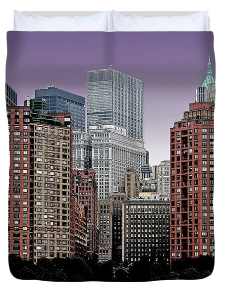 Duvet Cover featuring the photograph New York City Skyline Image by Christopher McKenzie