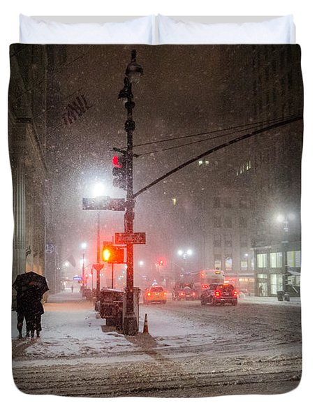 New York City Winter - Romance In The Snow Duvet Cover by Vivienne Gucwa