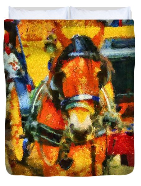 New York Horse And Carriage Duvet Cover by Dan Sproul