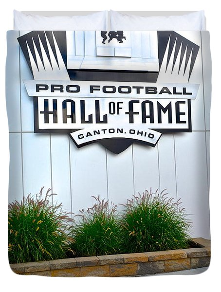 Nfl Hall Of Fame Duvet Cover by Frozen in Time Fine Art Photography